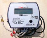 22___Calmet mechanikus kompakt hőmennyiségmérő fűtés-hűtés, kombinált üzemmódra NÁ20, Qp=2,5 m3/h, L=130 mm, MID hitelesítéssel