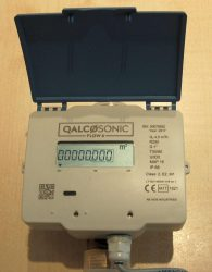 Qalcosonic Flow4 ultrahangos vízmérő, NÁ20, 4 m3/h, L=130mm, T30/90, IP68, MID
